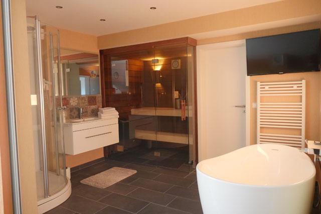 anita 39 s ferienhaus cochem mosel ferienwohnung moselle mit mosel burgblick und loggia. Black Bedroom Furniture Sets. Home Design Ideas